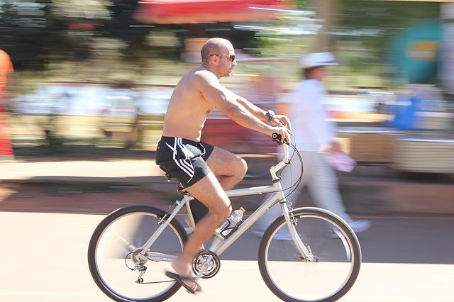 knie schmerzen beim radfahren fahrradcomputer test. Black Bedroom Furniture Sets. Home Design Ideas
